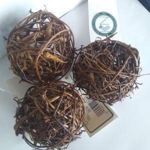 Bowl Filler: 3 Natural Vine Spheres